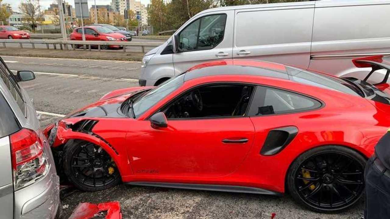 Accident Porsche 911 GT2 RS