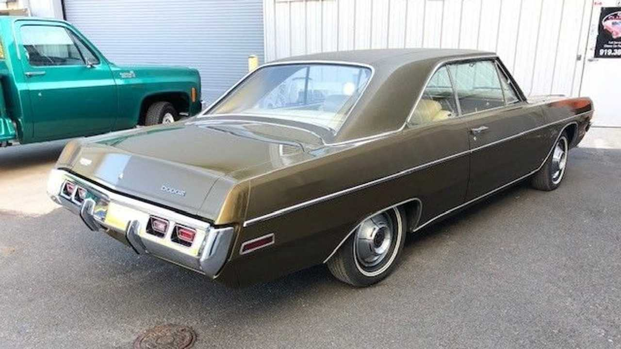 All-Original 1971 Dodge Dart Swinger Is A Budget Classic