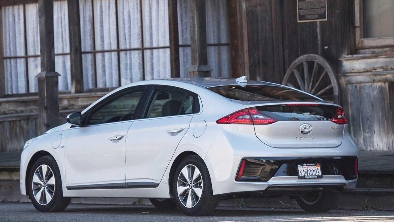 4. Hyundai Ioniq Plug-In Hybrid