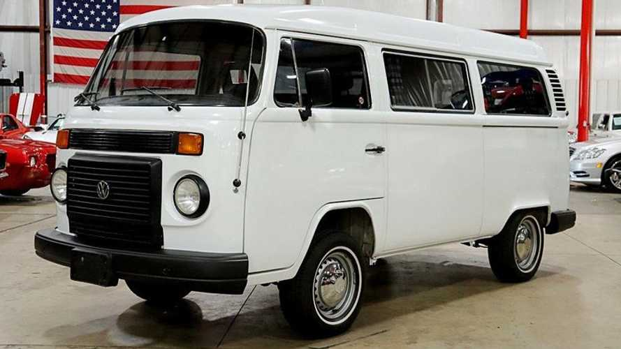Imported 1994 Volkswagen Kombi Is A True Modern Classic