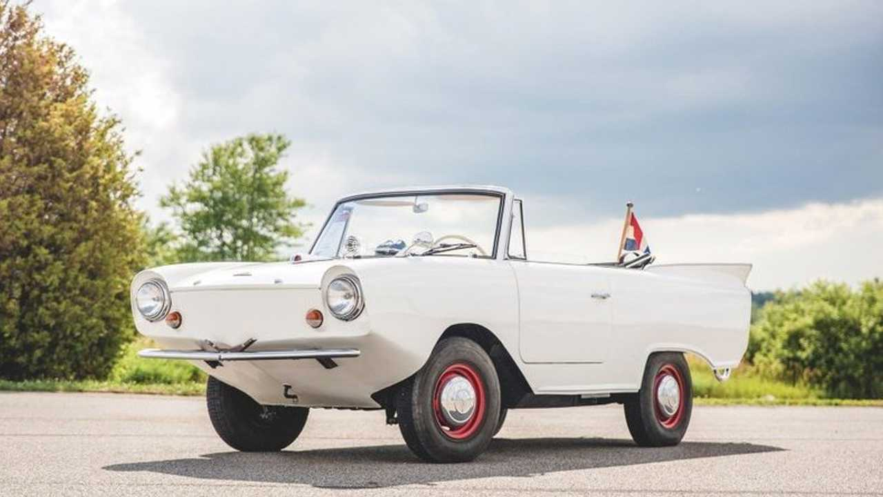 Navigate Both Land And Water With This 1966 Amphicar 770