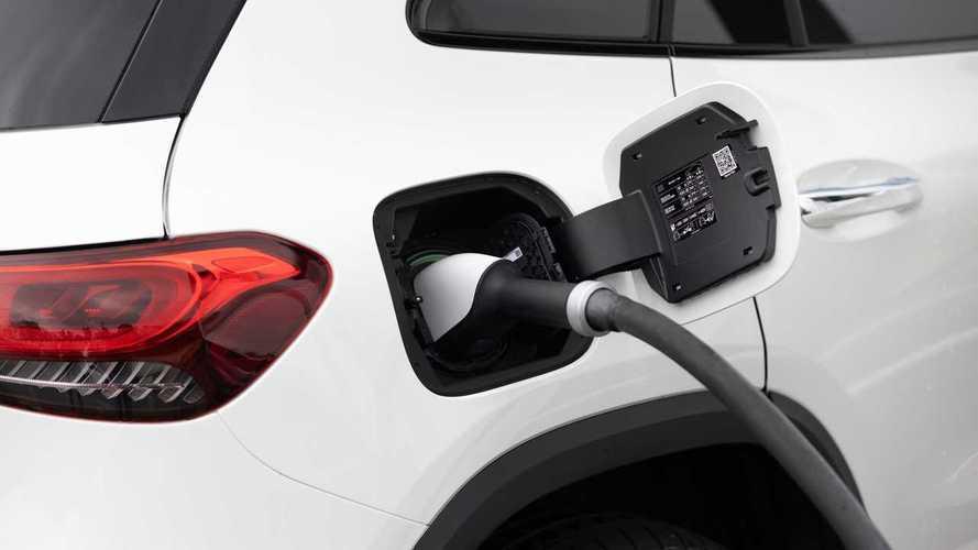 Daimler va ouvrir huit usines de batteries dans le monde.