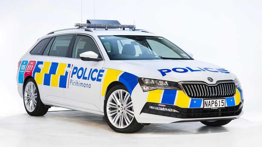 Skoda Superb Combi für die Polizei von Neuseeland