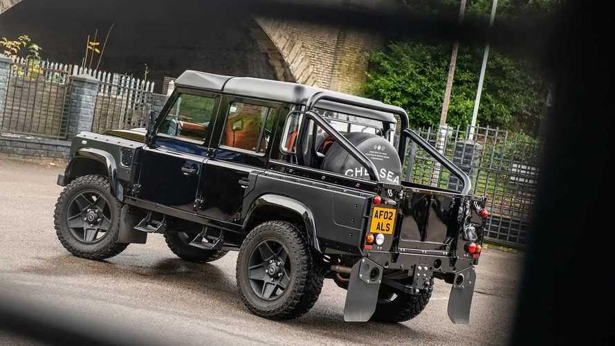 Land Rover Defender by Kahn