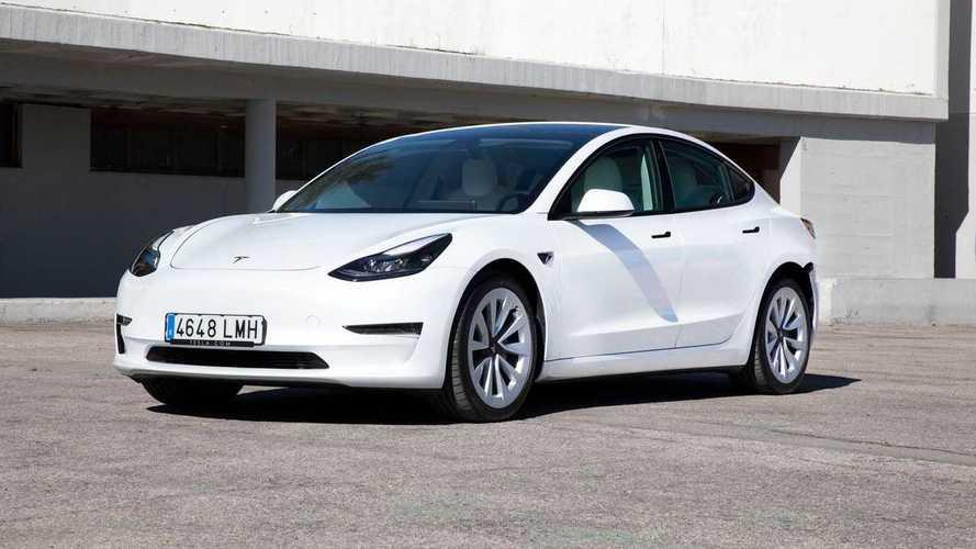 Prueba Tesla Model 3 Long Range 2021, más autonomía y diversión
