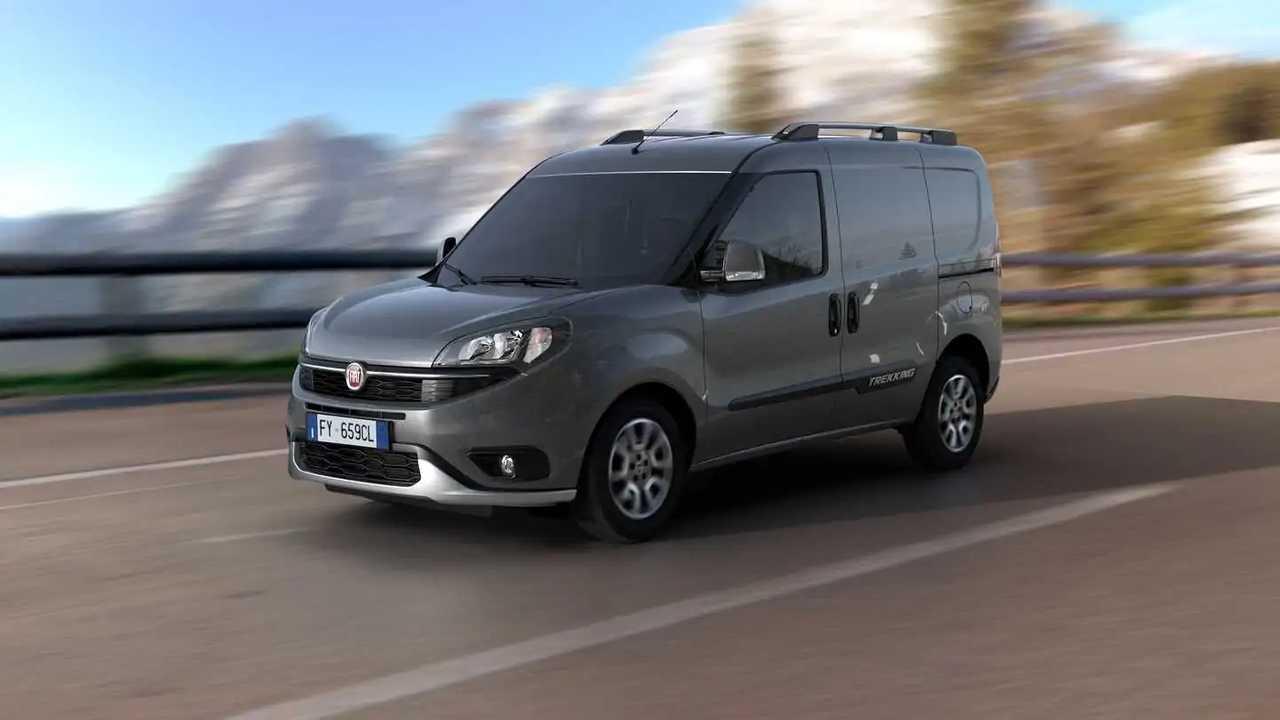 Fiat Doblò Cargo 2022 - azione front