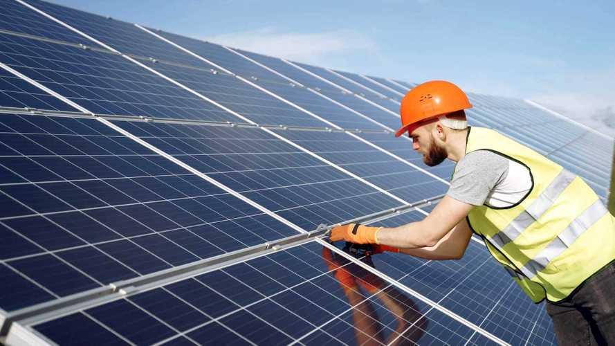 Brasil atinge 500.000 conexões particulares de energia solar