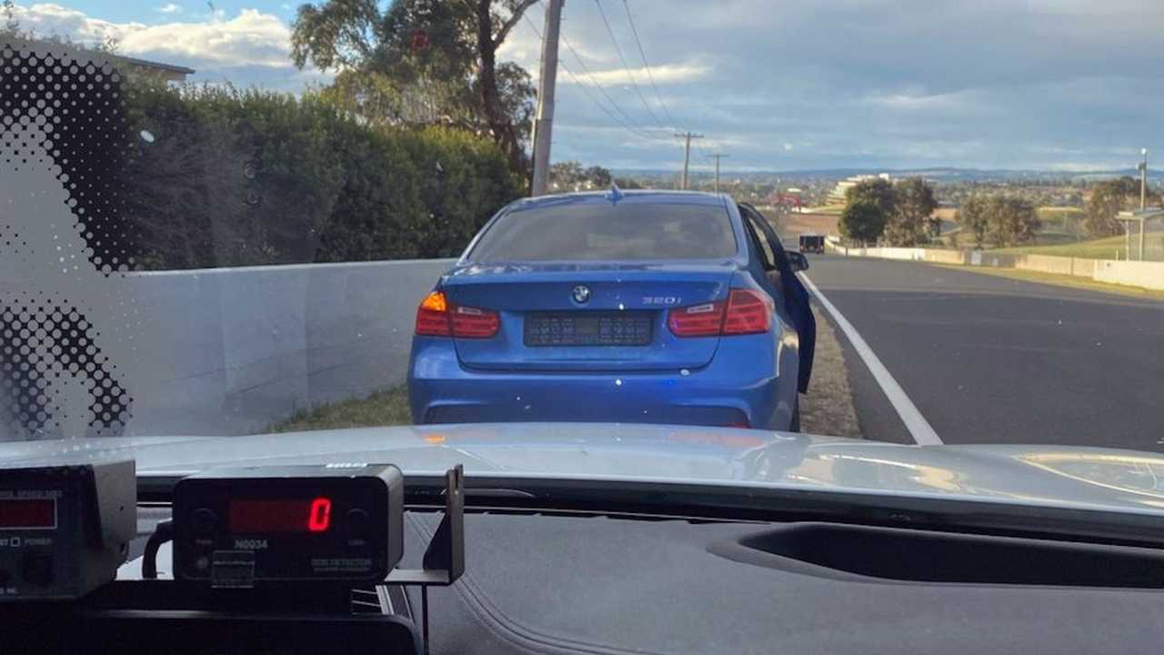BMW Caught By Police For Speeding In Mt. Panorama