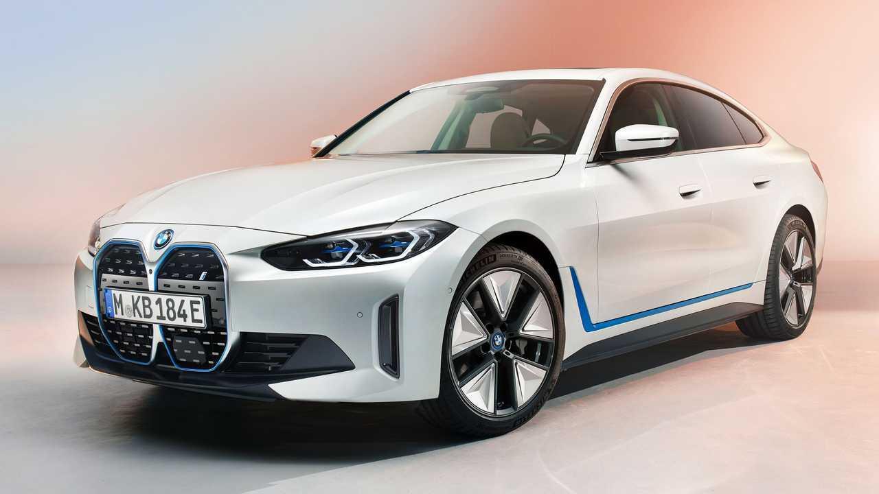 So sieht die endgültige Serienversion des elektrischen BMW i4 aus