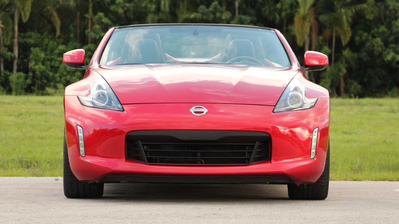 2018 Nissan 370Z Roadster Review: Ready For Retirement