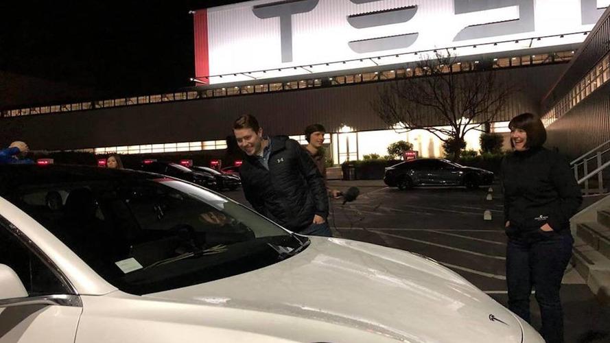 Tesla Model 3 Road Trip incidente