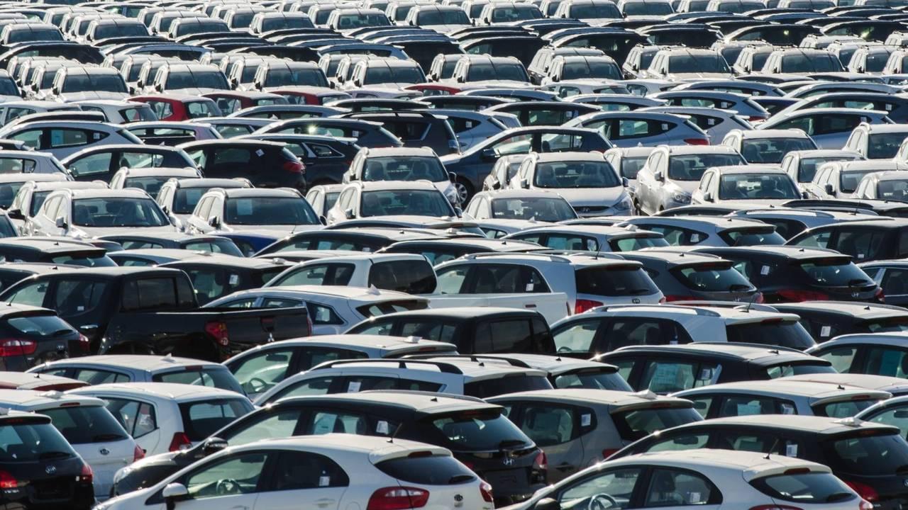 Cina, si dimezzano i dazi sulle importazioni auto