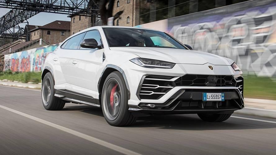 Lamborghini Urus'un hızlanmasını izleyin