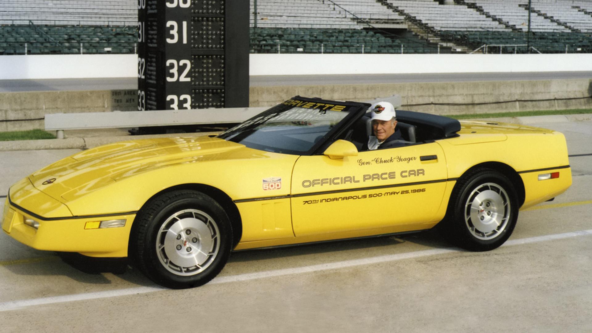 Corvette C4 (1984-1996)  1986-corvette-indy-500-pacecar