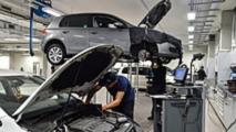entreprises automobiles ouvertes fermees