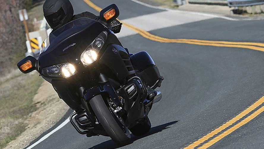 RideApart Review: Honda Gold Wing F6B