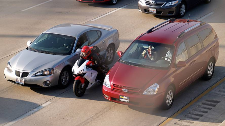 California Assembly Passes Lane-Splitting Bill