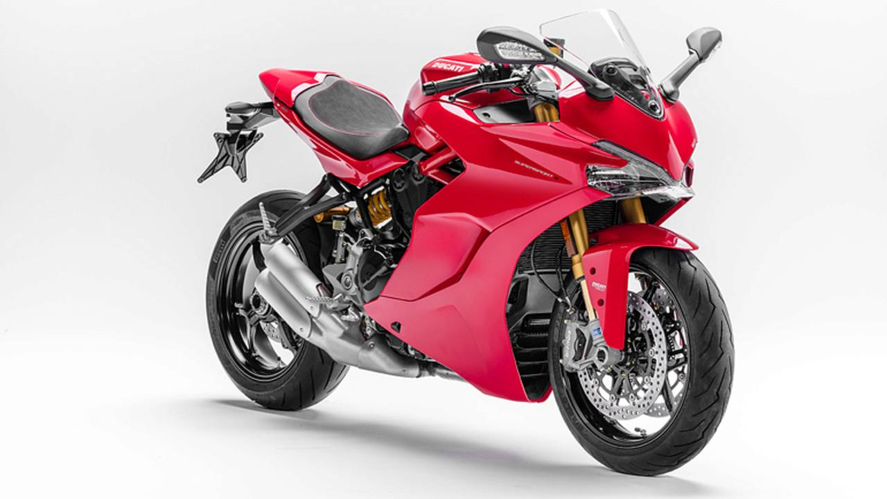 2017 Ducati SuperSport Unveiled at INTERMOT