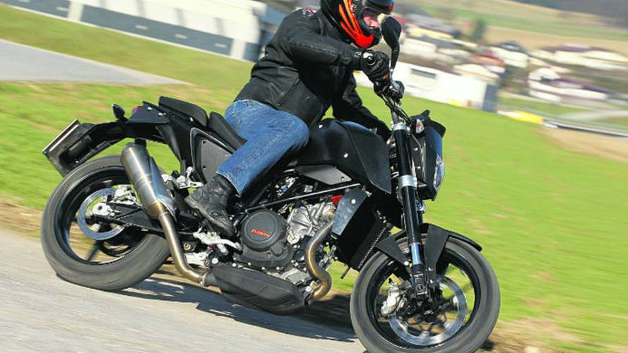 2012 KTM 690 Duke: lighter, faster, cheaper, not for the US