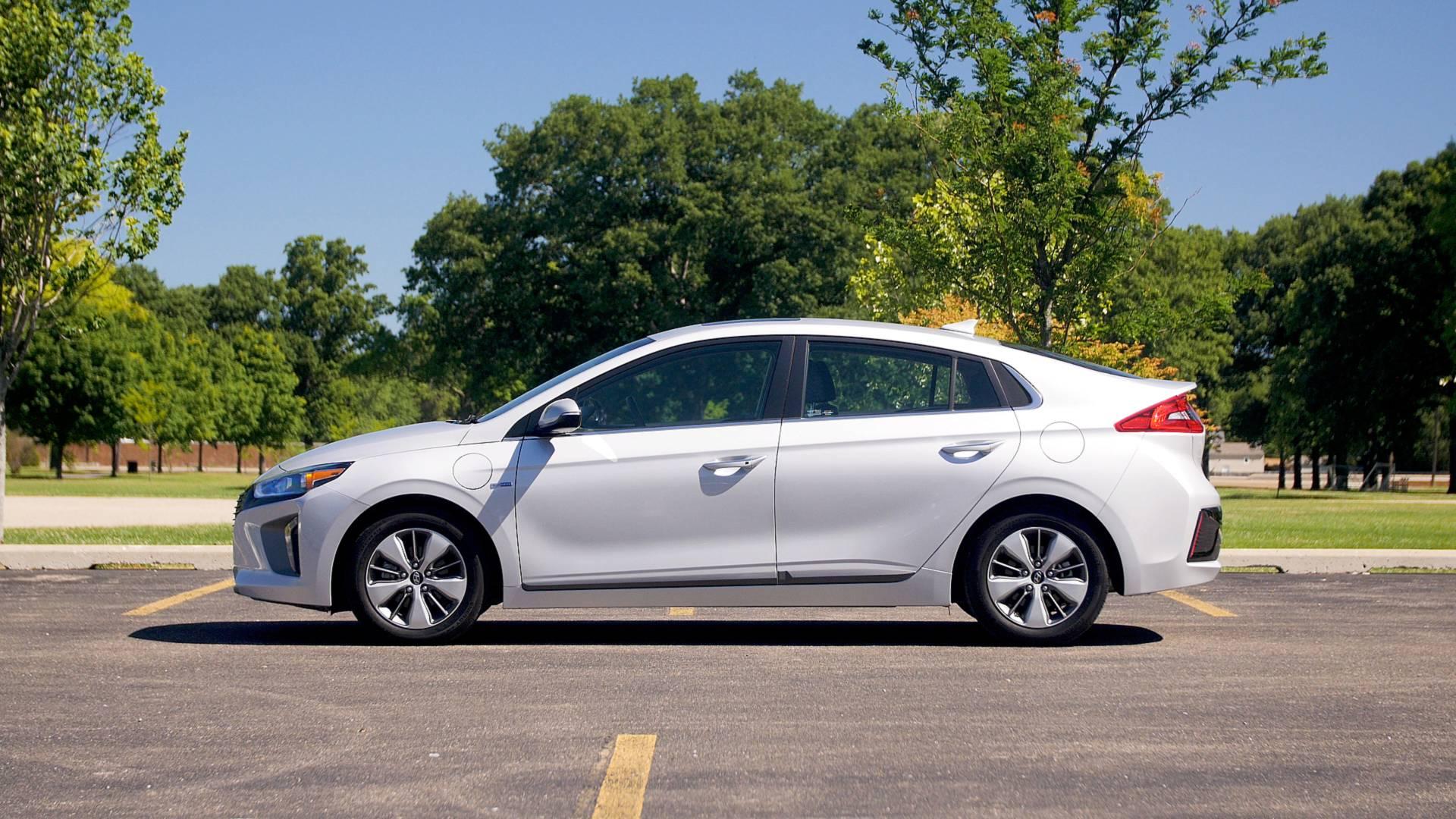 2018 Hyundai Ioniq Plug In Hybrid Why Buy