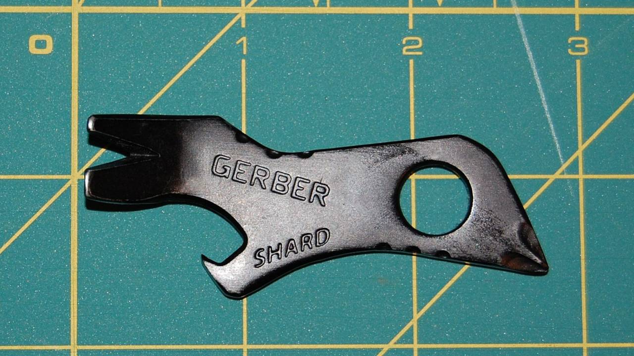 Gear Review: Gerber Shard—Seven tools in one, no moving parts