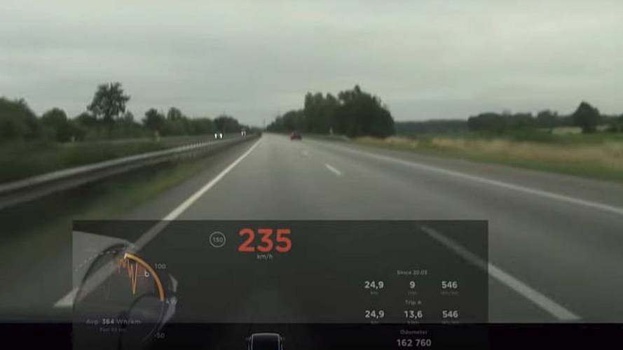 Watch Tesla Model X Outrun Audi SQ5