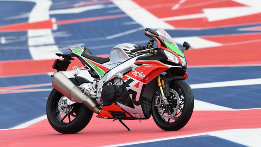 Aprilia Announces High-End 2018 RSV4 RF LE for North America