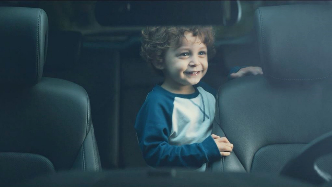 [Copertina] - Hyundai avverte se si dimentica il bimbo sui sedili posteriori