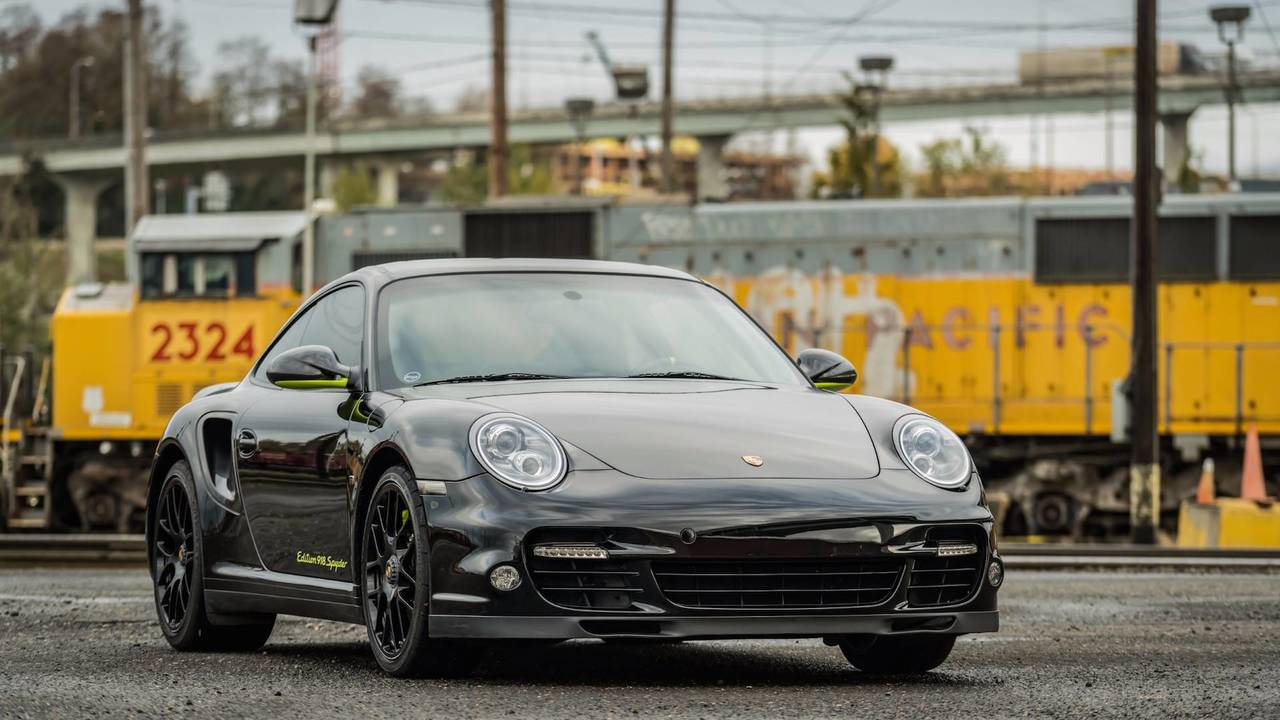 2012 Porsche 911 Turbo S Edition 918 Spyder