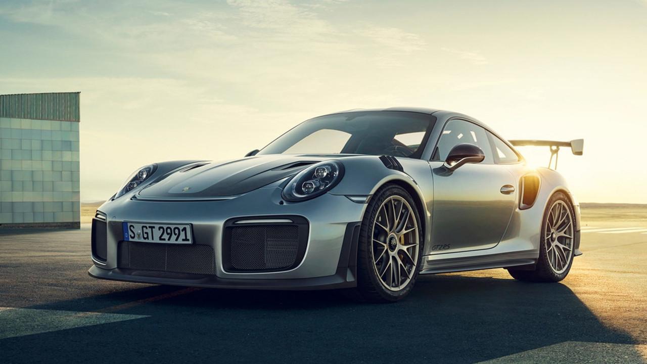 [Copertina] - Salone di Francoforte: Porsche 911 GT2 RS, la più potente
