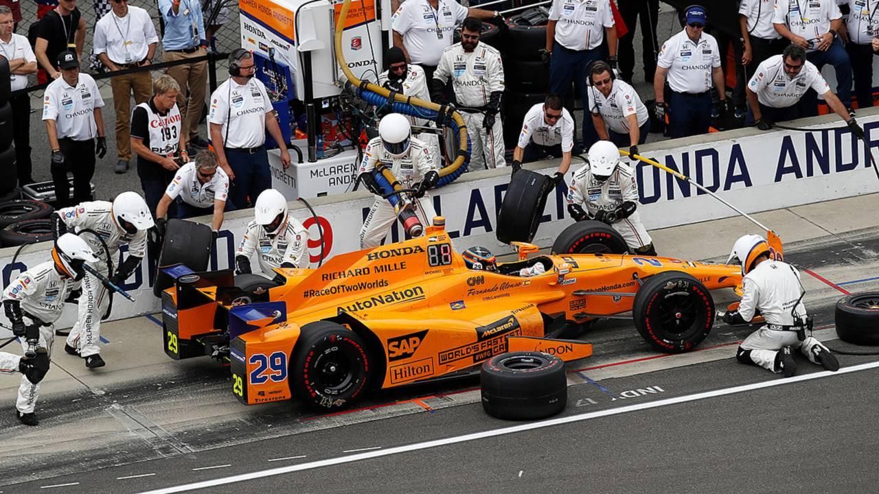 Fernando Alonso pit stop 2017 Indy 500