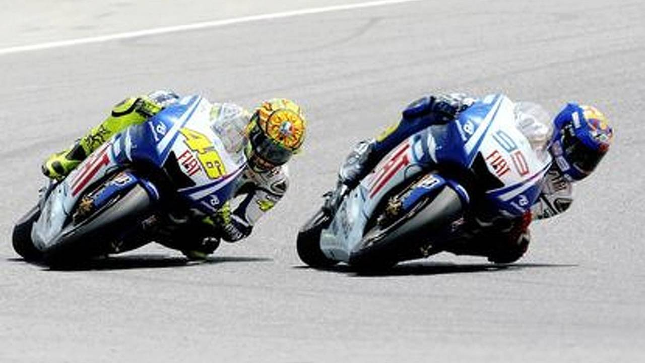 Rossi: 'Yamaha have to decide between me and Jorge for 2011.'