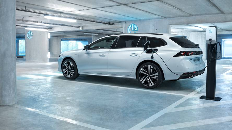 Neue Plug-In-Hybrid-Autos von Peugeot