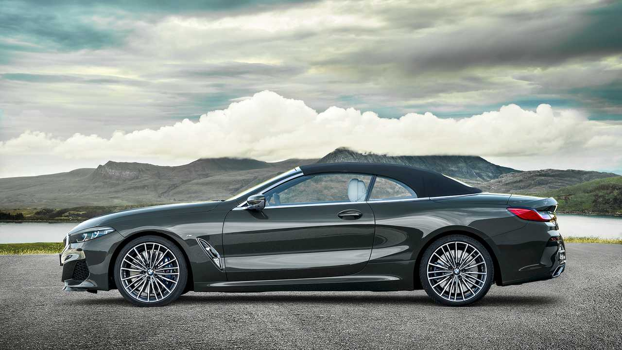 2019 Bmw 8 Series Convertible Loses Its Roof Still Looks Lovely