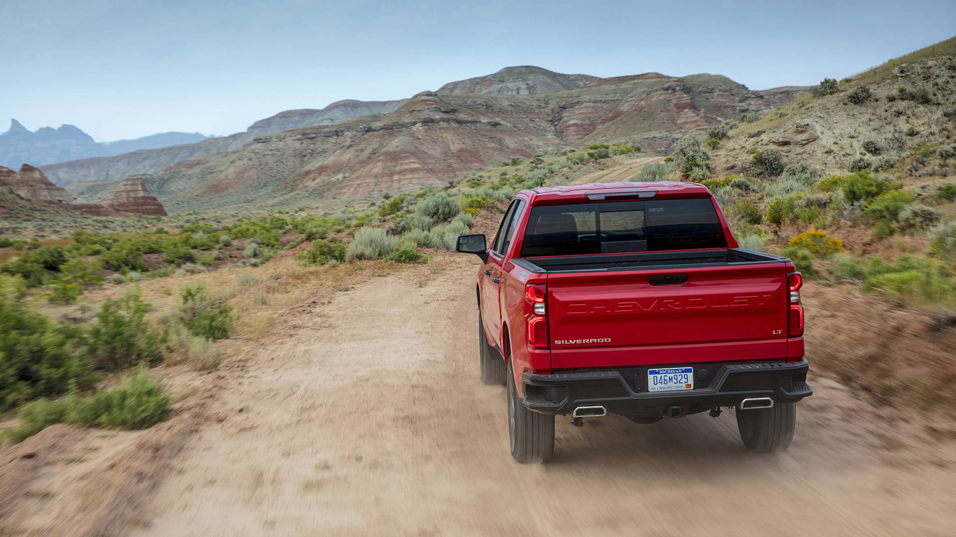 2019 Chevrolet Silverado First Drive: Risky Business
