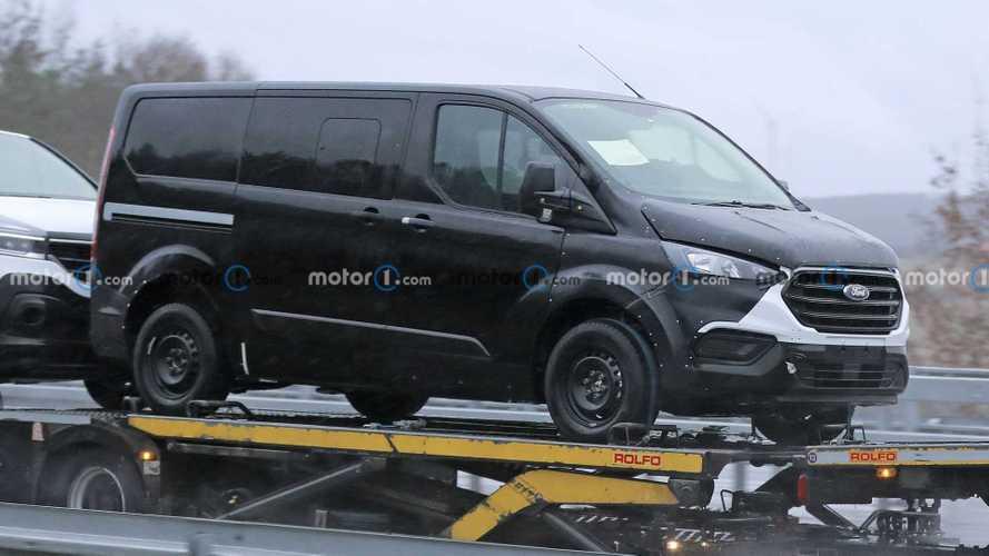 Yeni Ford Transit/Tourneo Custom ilk kez görüntülendi!