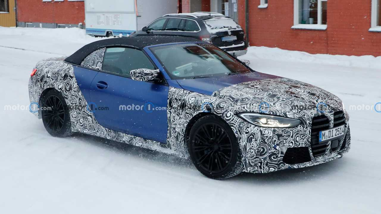 2022 BMW M4 Convertible spy photo