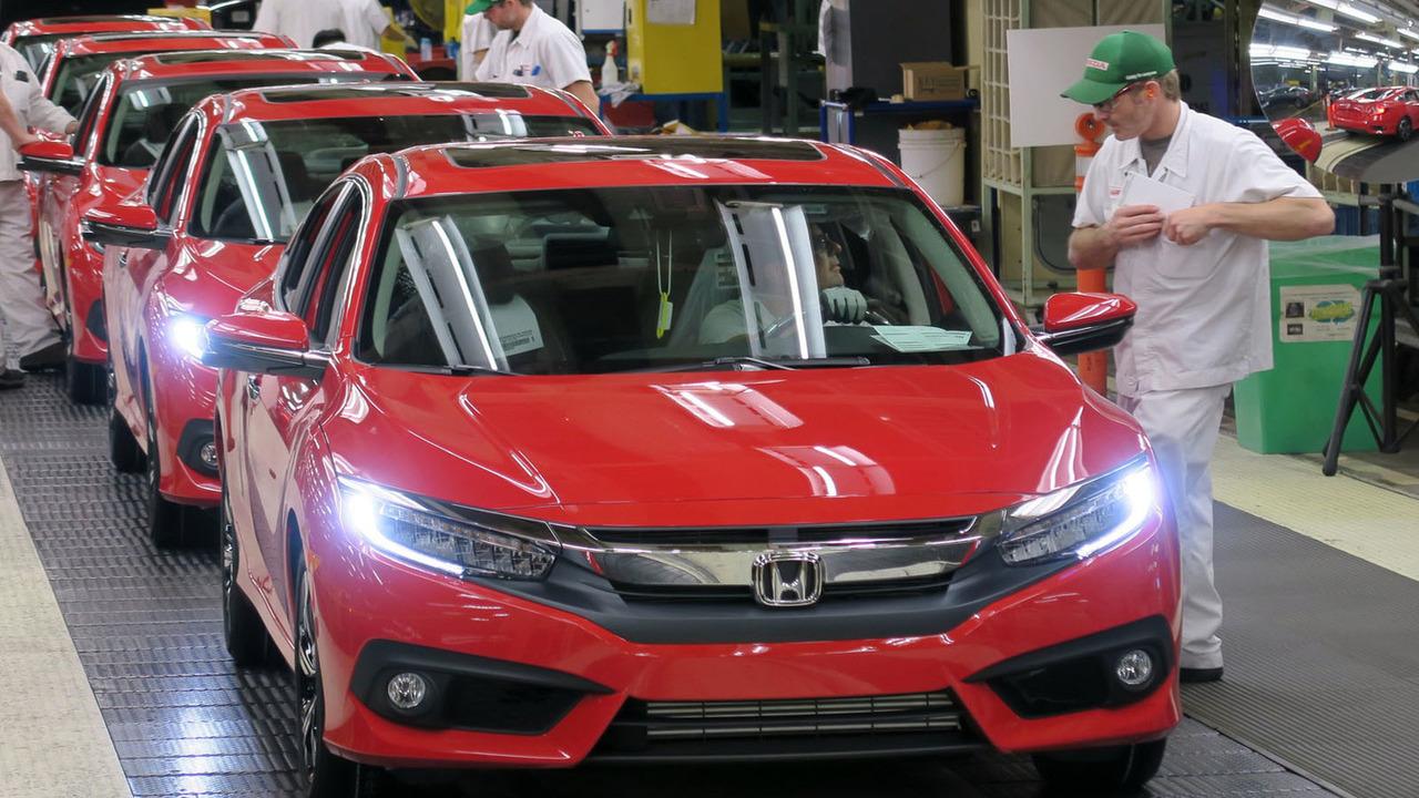 2016 Honda Civic üretimi