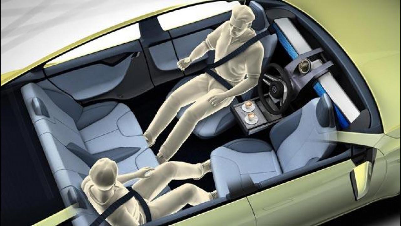 [Copertina] - Rinspeed Xchange, l'auto del futuro è come un aereo