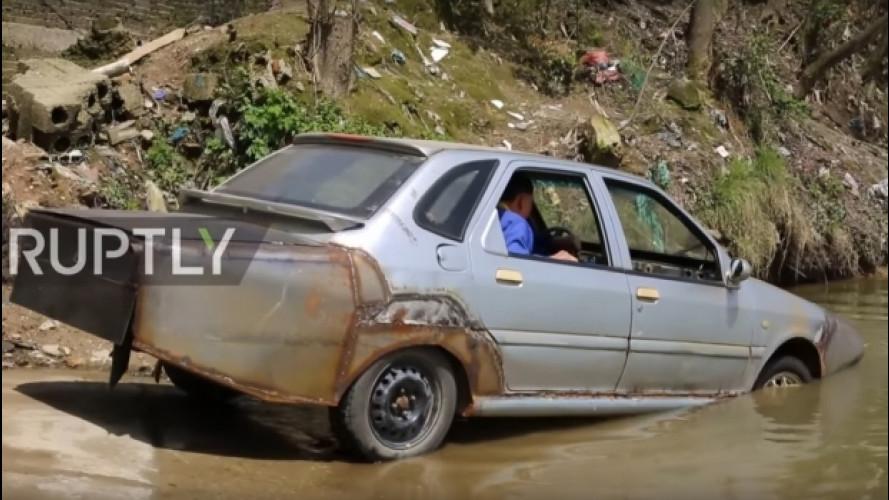 [Copertina] - Un cinese si è fatto da solo l'auto anfibia, e funziona [VIDEO]
