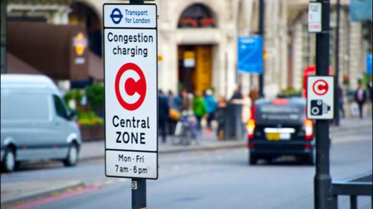 [Copertina] - Londra come Roma e Milano pensa ai blocchi del traffico