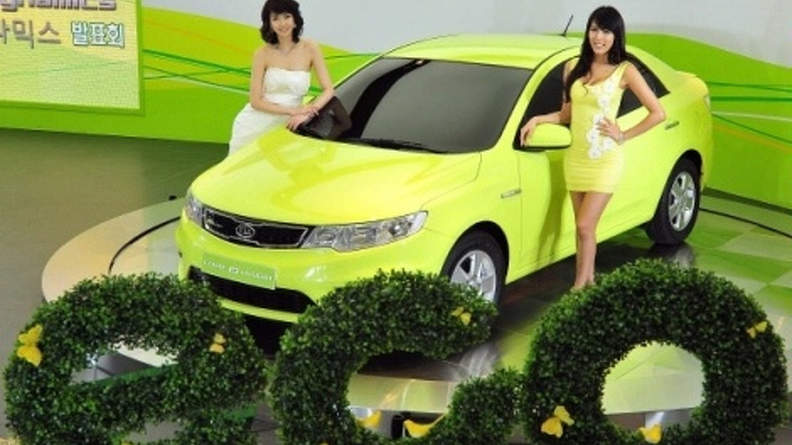 Kia Forte LPI Hybrid Unveiled in South Korea