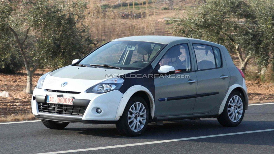 Next-generation Renault Clio mule spied for first time
