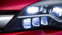 2016 Opel Astra with IntelliLux LED Matrix Light
