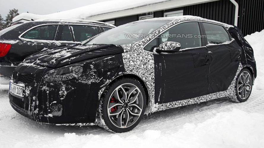 2016 Kia Cee'd GT facelift spied