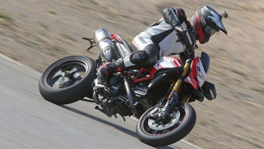 Ducati Hypermotard 939 e 939 SP 2016 - TEST