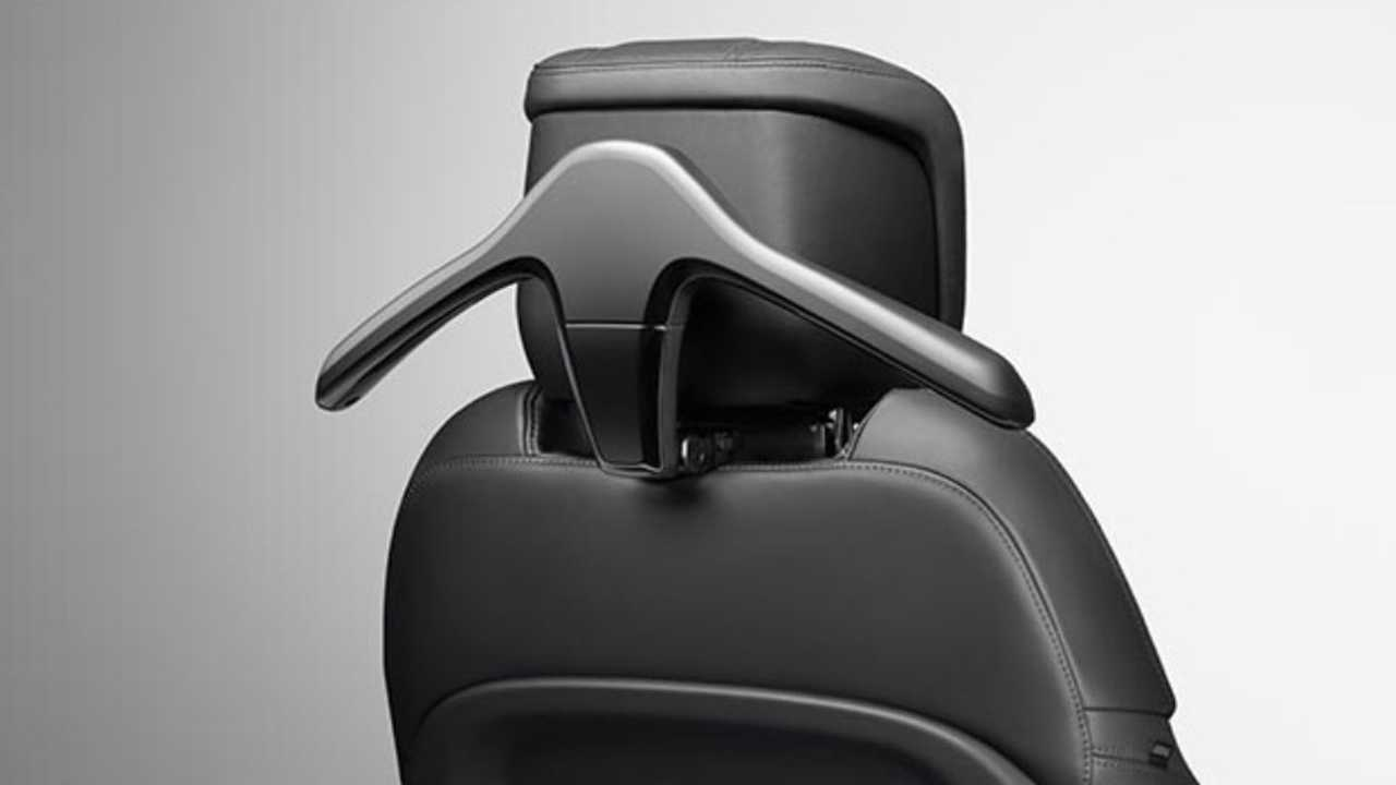 Rear-Seat Convenience Pack
