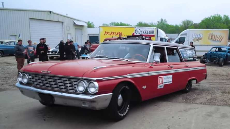 Barn Find Hunter Bids Farewell to '62 Ford Wagon