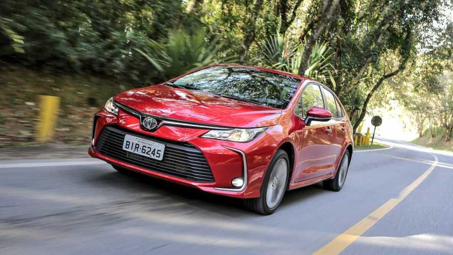 Toyota Corolla vende mais que todos os rivais somados em fevereiro