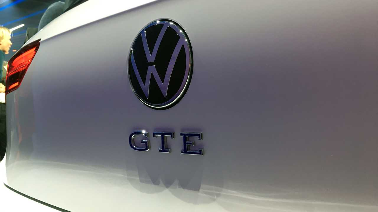 10 emotions from VW Golf 8